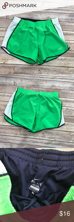 Nike Dri-fit running shorts excellent condition Nike running shorts. Elastic drawstring waistband. Nike Shorts
