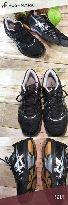 Asics Black Gray Gel Rocket Size 7 1/2 Excellent Super light, comfy sole. There are NO rips, tears, snags, holes, smudges. Not worn very much. Sole looks new. Granddaughter didn't like the color. Non smoking home Asics Shoes Athletic Shoes