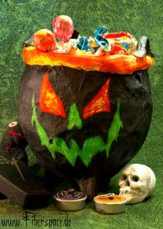 Tutorial: Bauanleitung für einen Hexenkessel aus Pappmaché #Halloween