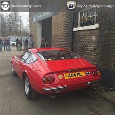Another pic of the #Ferrari #ferraridaytona at #classicsandcake this morning #drivetastefully #classicferrari #classiccar pic from @elitecarexposure by 365daytonafan