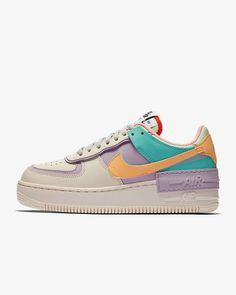 Nike Air Force 1 Shadow sko til dame. Nike NO Moda Sneakers, Sneakers Mode, Sneakers Fashion, Fashion Shoes, Air Force Shoes, Nike Air Force 1, Tenis Nike Air, Nike Air Shoes, Air Jordans Women