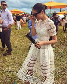 Beautiful lace design dress -could add a layer of colour underneath for added effect Olivia Culpo, Style Work, Summer Outfits, Summer Dresses, Look Chic, Dress Me Up, Fashion Outfits, Womens Fashion, Spring Summer Fashion