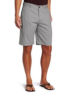 Dockers Men's Classic-Fit Perfect-Short - - New British Khaki (Cotton) Flat-front short featuring side hand pockets and rear button-through welt pockets Welt pocket on right leg Button closure with zip fly Fresco, Fashion Pants, Mens Fashion, Workwear Fashion, Spring Fashion, Fashion Outfits, Dockers, British Khaki, Classy Men