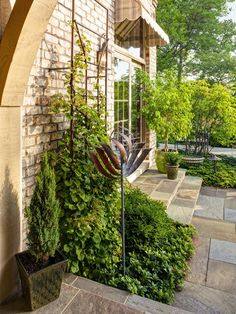 Modern   Outdoors   Groundworks Inc. : Designer Portfolio : HGTV - Home & Garden Television. Love the shrubbery along the sides of the deck