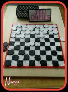 Checkers hama beads by perla hama
