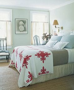 Small Guest Bedroom Furniture