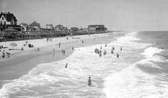 August 25, 1925.  Rehoboth Beach Bathers.  1380-006 #318.  Delaware Public Archives.  www.archives.delaware.gov