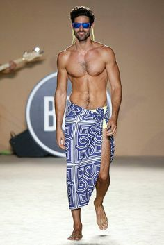 1000 images about men on pinterest gay hairy men and for Bikini club barcelona