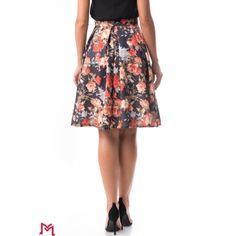 Midi Skirt, Floral, Skirts, Fashion, Moda, Midi Skirts, Fashion Styles, Flowers, Skirt
