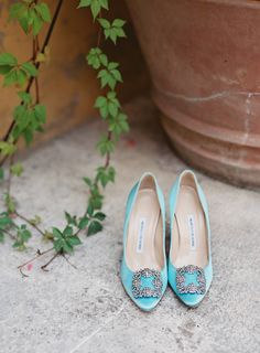Tiffany Blue Manolo Blahnik shoes: Photography : Judy Pak Photography Read More on SMP: http://www.stylemepretty.com/2016/04/07/an-italian-garden-wedding-fit-for-a-princess/