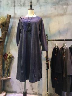 Solid Color Shoulder Embroidery Navy Dress Cotton Senior Woman Dress    #dress #embroidery #cotton #seniordress #elderlydress #navy #plussize #loose #wholesale #retail