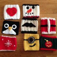 Crocheted Christmas Mug Hugs