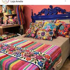 7 bohemian interior design ideas that you are going to love! These design ideas are going to elevate your decor and are the perfect inspiration for your Fall ho Mexican Home Decor, Mexican Bedroom Decor, Bohemian Interior Design, Mexican Interior Design, Bohemian Decorating, Trendy Home, Bedroom Ideas, Diy Bedroom, Gypsy Bedroom