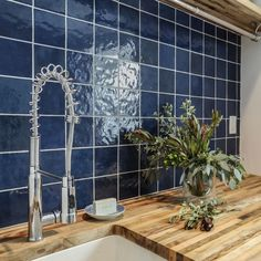 Shop Bedrosians Tile and Stone for stone and tile that celebrates Pantone's 2020 Color of the Year choice of Classic Blue. Booth Seating In Kitchen, Pantone 2020, Ceramic Wall Tiles, Evening Sky, Blue Tiles, Fireplace Surrounds, Bath Remodel, Color Of The Year, Tile Patterns