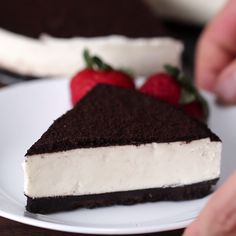 No-Bake Cookies & Cream Cheesecake (Cheesecake Recipes Oreo) Cookies And Cream Cheesecake, Cheesecake Recipes, Oreo Cheesecake Recept, How To Make Cheesecake, No Bake Cheesecake, Just Desserts, Delicious Desserts, Yummy Food, Yummy Treats