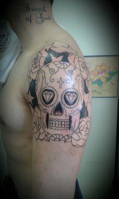 Adriel tattoo caveira