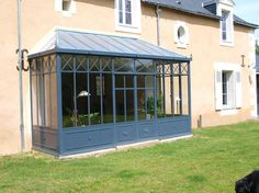 veranda acier toit zinc 2 Orangery Conservatory, Conservatory Extension, House Front, My House, Glass Pavilion, Antique House, French Property, Glass House, House Extensions