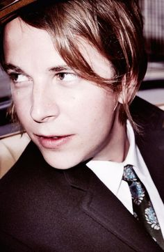 Tom Odell looking perfect as always