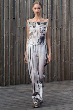 Diana Orving Stockholm Spring 2016 Fashion Show