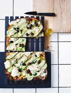 verrukkelijke pizza's (plus basisdeegrecept! Meatless Monday, Vegetable Pizza, Quiche, Great Recipes, Zucchini, Vegetarian Recipes, Appetizers, Dinner, Vegetables