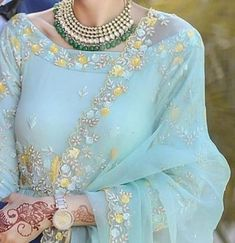 66 Ideas For Indian Bridal Quotes Indian Attire, Indian Wear, Pakistani Outfits, Indian Outfits, Wedding Dresses For Girls, Girls Dresses, White Bridal Shower Dress, Jeans Trend, Embroidery Suits Punjabi