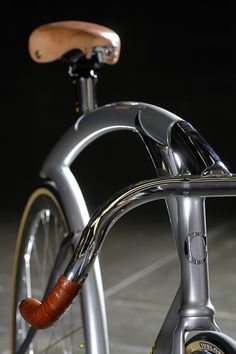 Cherubim Hummingbird. Saw these guys at NAHBS 2010 and their stuff was cool then, but this is unreal.