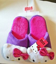 Hello Kitty Ladies Slippers House Shoes Scuffs Purple Hot Pink Size SMALL 5-6 #HelloKitty #Scuffs