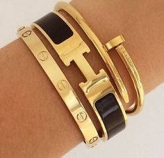Our Hermes&Cartier inspired ArmCandy🍭 Cartier Nail Bracelet, Hermes Bracelet, Jewelry Accessories, Fashion Accessories, Jewelry Design, Designer Jewelry, Kylie Jenner Bracelets, Hermes Watch, Jewlery