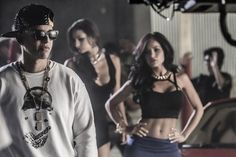 """daddy_yankee : Download en iTunes """"La Noche de los Dos"""" http://t.co/WExJ4VCepj http://t.co/VwkBZmjJQ7 