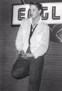 #ElvisHistory July of #Elvis1954 -early #Elvis pics at the Eagles Nest #Memphis #Tennessee @MartyJay2