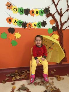 Duvar süsleme Seasons Activities, Preschool Art Activities, Autumn Activities, Preschool Learning, Autumn Crafts, Autumn Art, Autumn Theme, Classroom Design, Classroom Decor