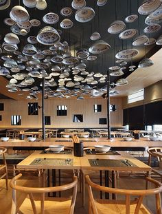 Golucci International Design have designed a second Taiwan Noodle House in Beijing, China. This interior features more cozy concept of the restaurant than Oriental Restaurant, Cool Restaurant, Restaurant Concept, Chinese Restaurant, Restaurant Pictures, Waterfront Restaurant, House Restaurant, Architecture Restaurant, Restaurant Interior Design
