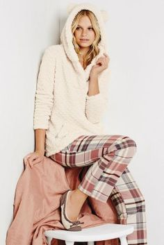 Did you wake up in some new PJ's this Monday morning? We hope it was this oatmeal snuggle top and check pj's from Next!