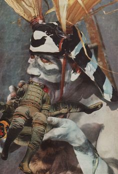 #http://www.daviddelruelle.com/ collage_spacemen sandwich