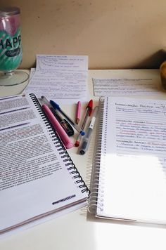 college study motivation tips Study Pictures, Study Photos, College Notes, School Notes, Work Motivation, School Motivation, School Study Tips, Study College, Study Space