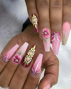 Expand fashion to your nails by using nail art designs. Donned by fashionable stars, these kinds of nail designs will add instantaneous style to your wardrobe. Pink Acrylic Nail Designs, Pink Acrylic Nails, Nail Art Designs, Stylish Nails, Trendy Nails, Fancy Nails, My Nails, Pink Bling Nails, Stone Nails