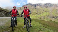 El Camino Inca por ceja de Selva a Machupicchu en Bicicleta, esta es una nueva combinación de un tour en bicicleta de montaña Down Hill y una caminata por la selva hasta llegar al Santuario de Machu Picchu, hay un montón de viajeros que están recibiendo este nueva opción, es un Trek por la selva más famosas del Perú.  Inca Jungle Trail Inca Jungle To Machu Picchu Inca Jungle Cusco - Peru Inca Jungle Trekking Inca Jungle Trekker Inca Jungle Peru Inca Jungle Trail Machu Picchu Inca Jungle…