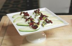 ÑO RECIPE - goat cheese pear slices with craisins and pistachios