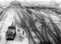 vecchia stazione Termini - not sure the date of this photo but it's fantastic! Best Cities In Europe, Our Lady, Rome, Black And White, World, Outdoor, Vintage, Train Stations, Italia