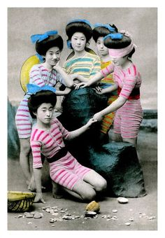 Rarely Seen Vintage Pictures of Beautiful Geishas in Swimsuits Before the 1930s ~ vintage everyday