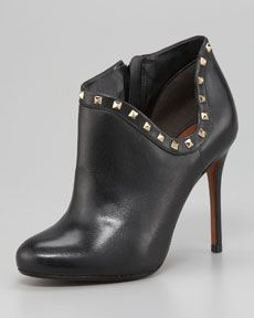 X189W Schutz Studded Ankle Boot