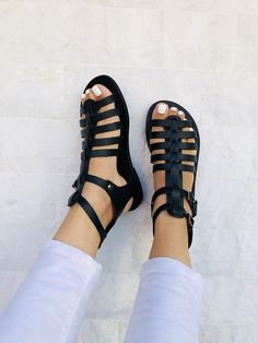 Gladiator Leather Sandals, Greek Sandals, Black Sandals, Summer Shoes, Made from Genuine Leather. Leather Gladiator Sandals, Black Leather Sandals, Black Sandals, Jesus Sandals, Sandals Outfit, Greek Sandals, Summer Shoes, Outfit Summer, Color Negra