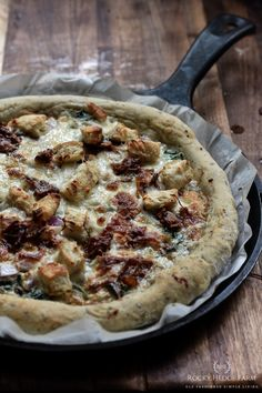 Overnight Sourdough Herb Pizza Crust - Rocky Hedge Farm Sourdough Pizza, Sourdough Recipes, Sourdough Rolls, White Pizza Recipes, Real Food Recipes, Milk Recipes, Oven Recipes, Bread Recipes, Baking Recipes