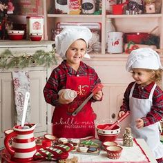 Family Christmas Pictures, Santa Pictures, Holiday Pictures, Christmas Photos, Christmas Minis, Christmas Kitchen, Christmas Cooking, Santa Christmas, Hot Coco Bar