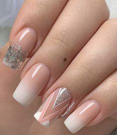Bling Acrylic Nails, Acrylic Nails Coffin Short, Best Acrylic Nails, Beige Nails, Neutral Nails, Manicure, Magic Nails, Short Square Nails, Striped Nails