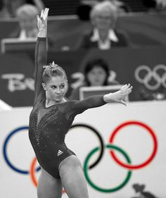 Shawn Johnson being fierce Gymnastics History, Gymnastics Images, Gymnastics Posters, Gymnastics Team, Artistic Gymnastics, Olympic Gymnastics, Gymnastics Leotards, Cheerleading, Gymnastics Things