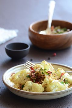 Roasted Cauliflower with Bacon Breadcrumb Topping
