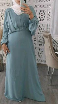 Hijab Gown, Hijab Evening Dress, Abaya Fashion, Muslim Fashion, Fashion Dresses, Mode Abaya, Mode Hijab, Fashion Design Classes, Mode Kimono