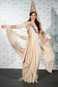Miss Universe: National costumes Folklore, Miss Universe National Costume, Costumes Around The World, Fashion Outfits, Womens Fashion, Fashion History, Traditional Dresses, Women Wear, Couture
