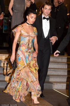 FKA twigs and Robert Pattinson at Cannes 2017 screening | Daily Mail Online